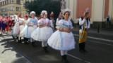 Moravské účastnice sletového průvodu